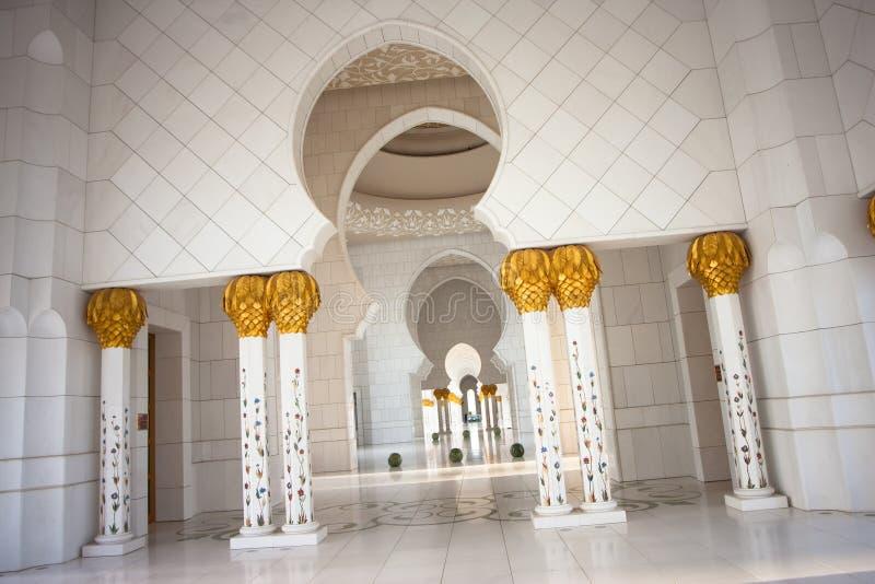 abu dhabi uroczysty meczetowy sheikh zayed fotografia stock