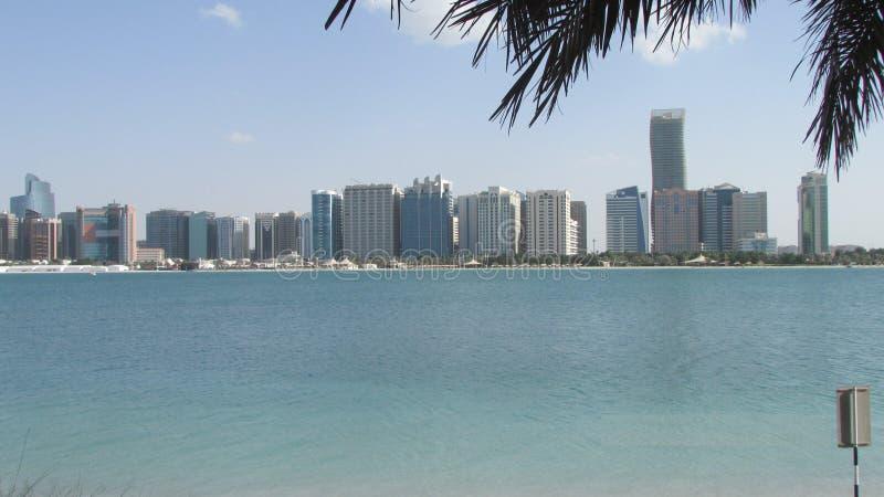 Abu Dhabi, Verenigde Arabische Emiraten, mening van de baai stock foto