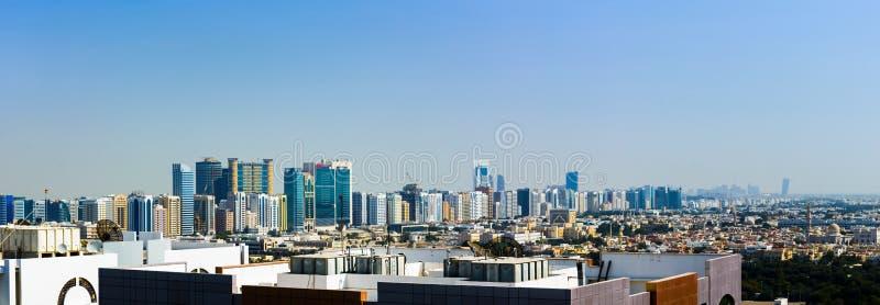 Abu Dhabi Zjednoczone Emiraty Arabskie, Styczeń, - 27, 2018: Panoramiczny vi zdjęcia stock