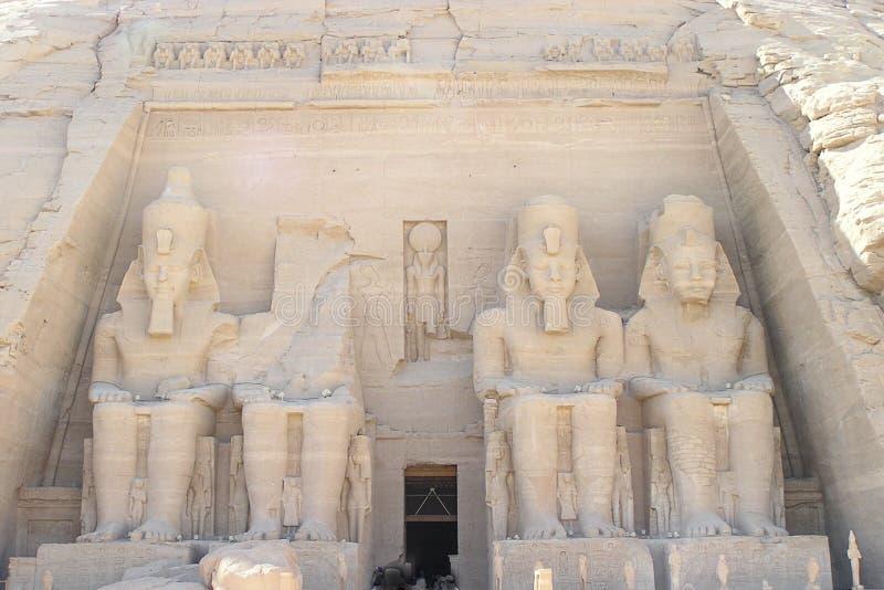 Abu Simbel Tempel - Ramses II Stockfotos