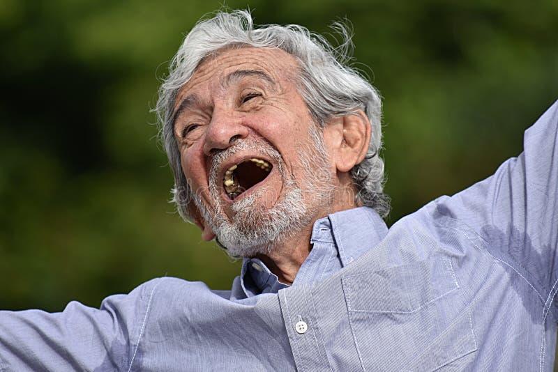 Abuelo masculino feliz fotografía de archivo libre de regalías