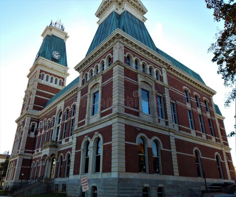 Abwechselnde Ansicht 1874 Bartholomew County Courthouse Columbus Indianas stockfotografie