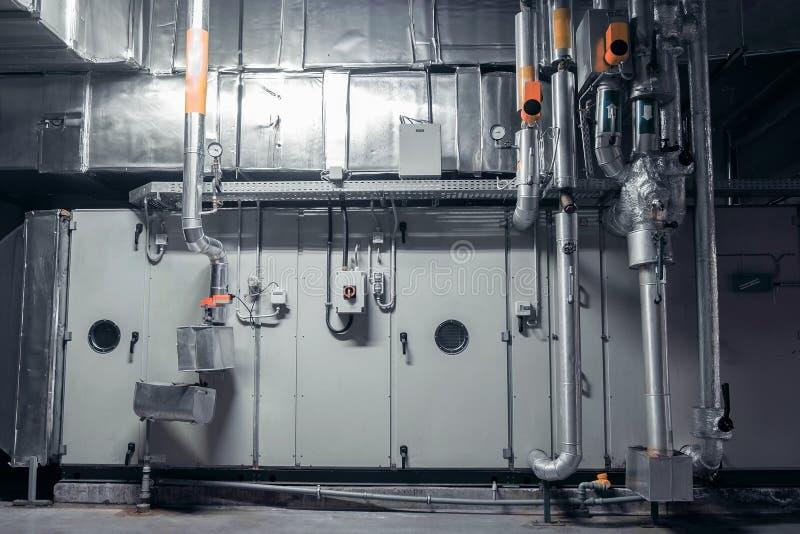 ac, airconditioning, installatie roiom, industriële ventilatie stock afbeelding