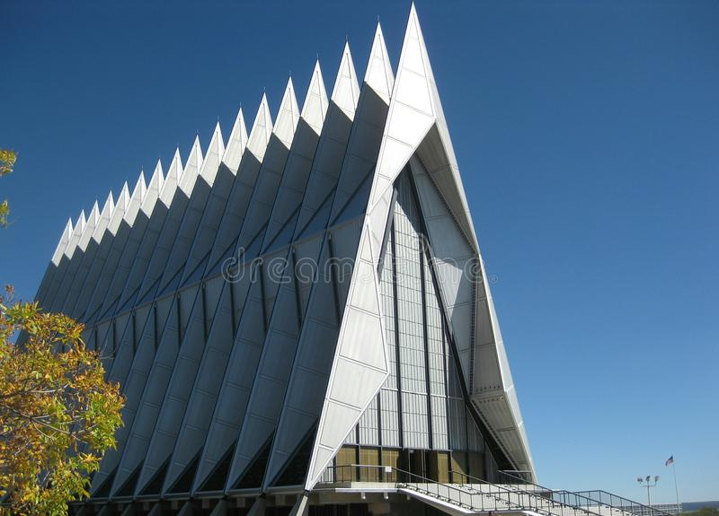 Academia de fuerza aérea de los E.E.U.U. - capilla del cadete fotos de archivo