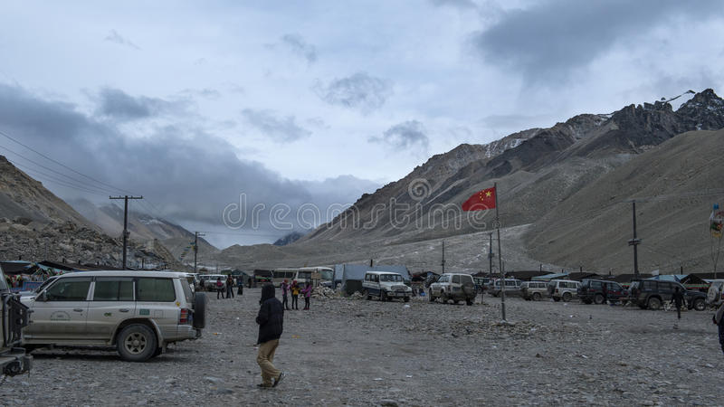 Acampamento baixo de Everest Face norte imagem de stock royalty free
