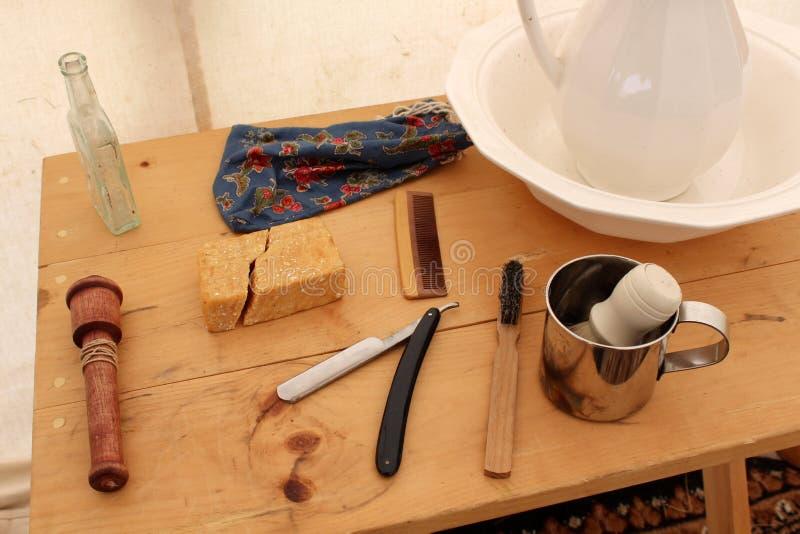 Acampamento da re-promulgação da guerra civil com as coisas típicas usadas para a higiene na exposição, Gettysburg, Pensilvânia, e fotos de stock royalty free