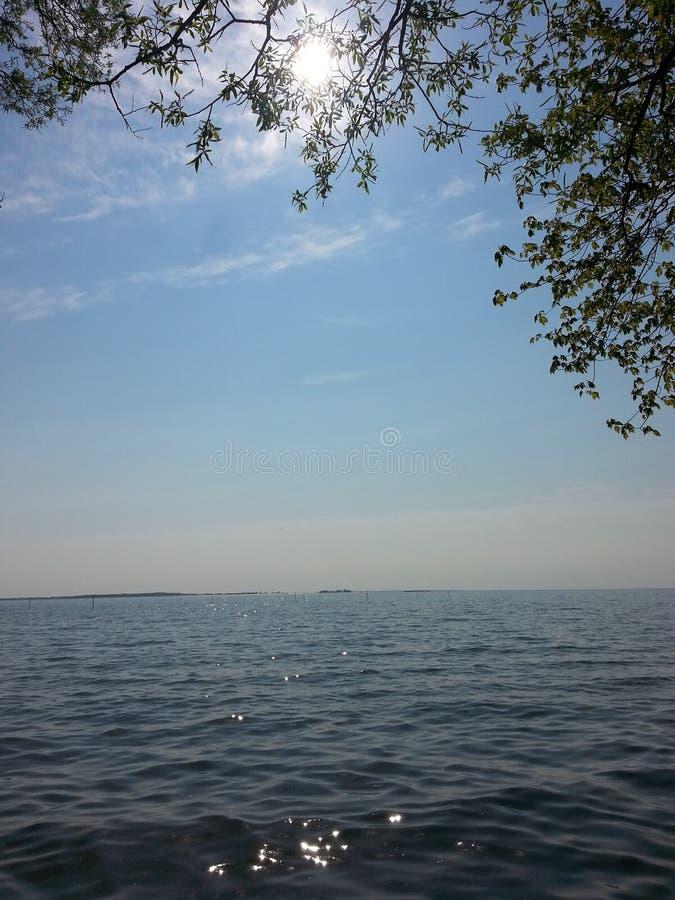 Acampamento do porto NY Bedford Creek do Lago Ontário Sackets imagem de stock royalty free