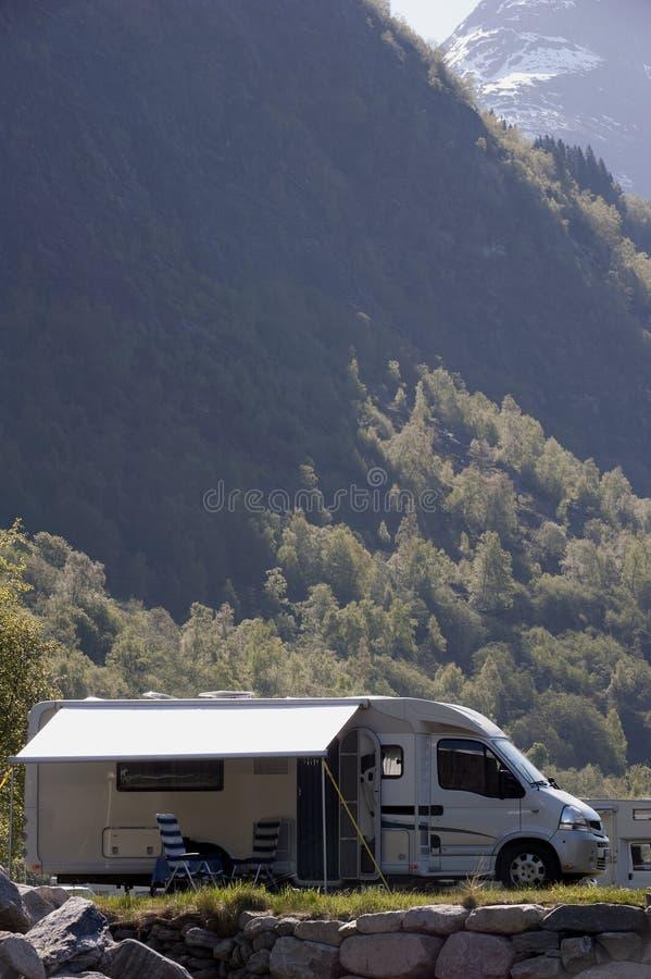Acampamento em Noruega foto de stock royalty free