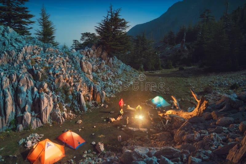 Acampamento exterior no montanhas de Turquia fotografia de stock royalty free
