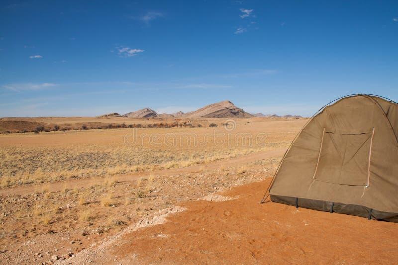 Acampando en el desierto del parque nacional de Namib-Naukluft, Namibia fotos de archivo libres de regalías