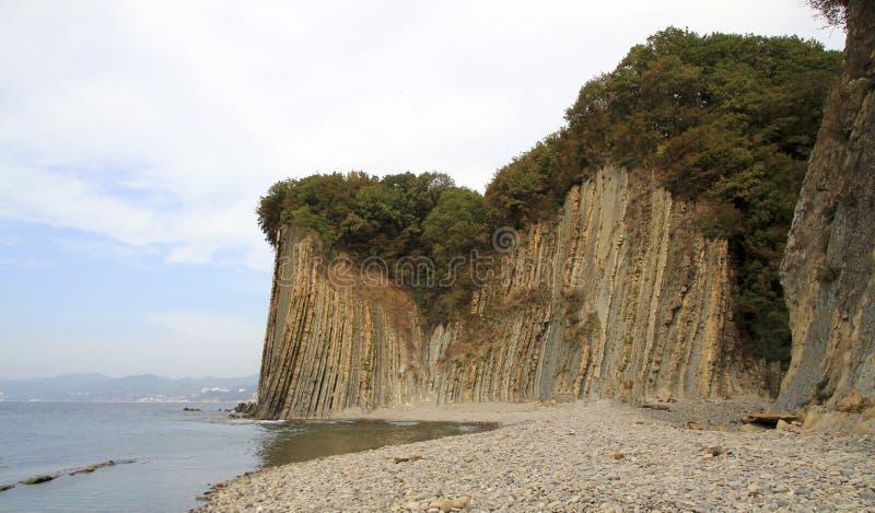 Acantilado de Kiselev también conocido como acantilado de rasgones, Tuapse, el Mar Negro, Rusia fotografía de archivo