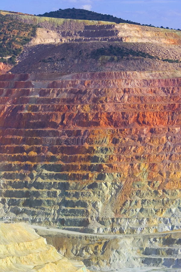 Acantilado de la mina de cobre fotografía de archivo libre de regalías