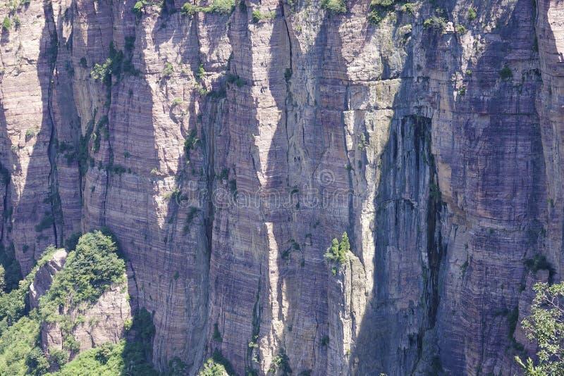 Acantilado de la roca fotografía de archivo libre de regalías