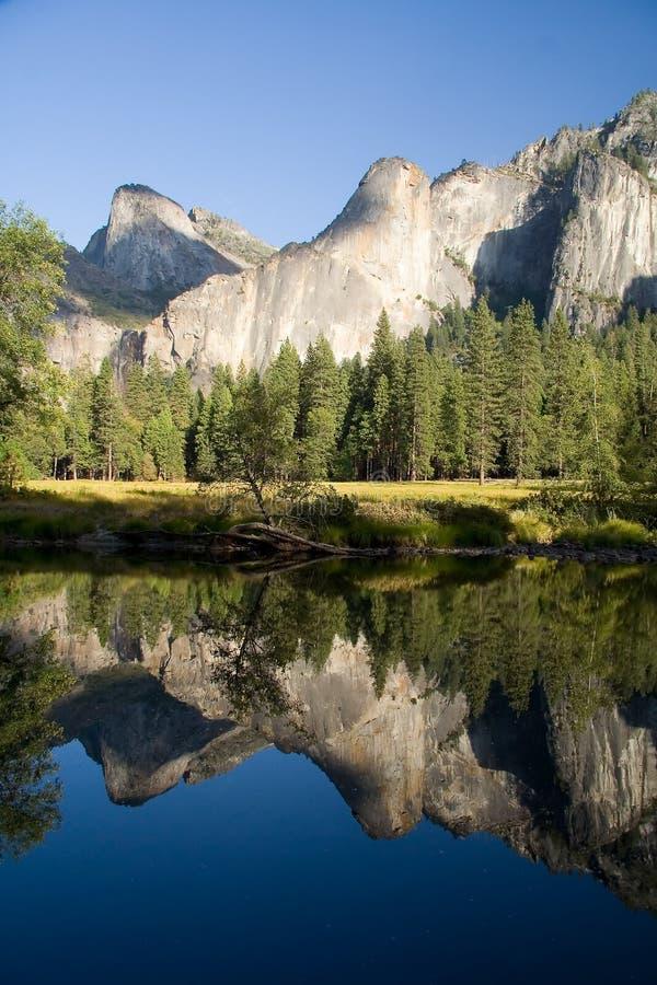 Acantilados de Yosemite imagen de archivo
