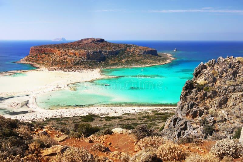 Acantilados del mar, playas del paisaje de la costa, islas griegas, Creta, imagen de archivo