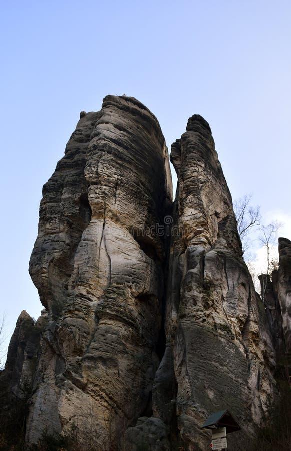 Acantilados en paraíso bohemio - las rocas de la piedra arenisca de Prachov imagen de archivo