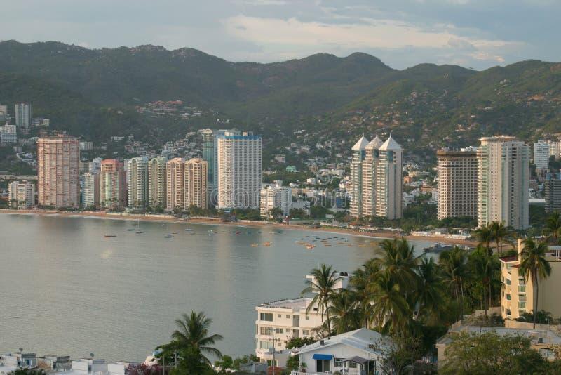 Download Acapulco στοκ εικόνες. εικόνα από βουνά, ακαδημαϊκών, ταξίδι - 375844