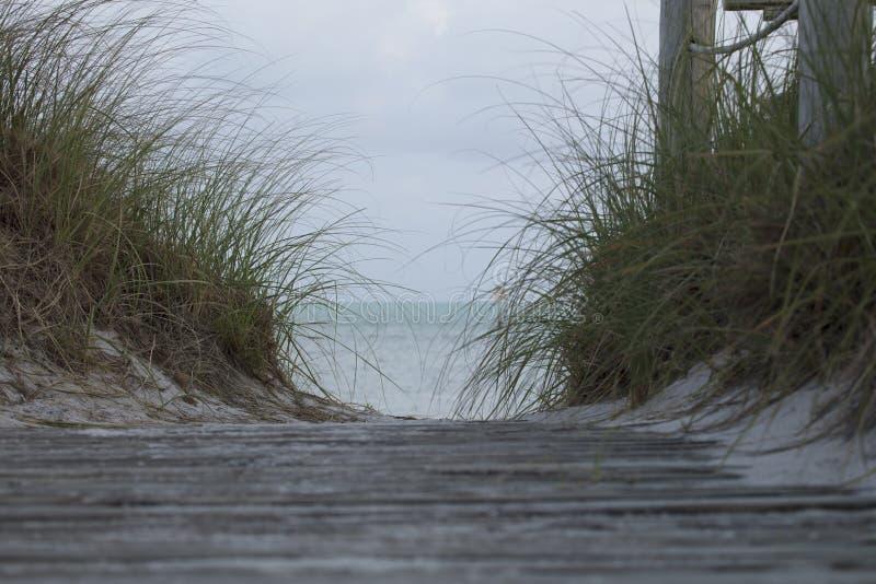 Accès de plage chez Bahia Honda State Park - Bahia Honda Key images stock