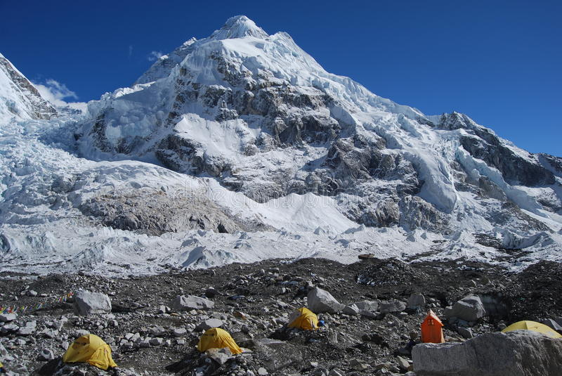 Accampamento basso del Everest di supporto fotografie stock libere da diritti