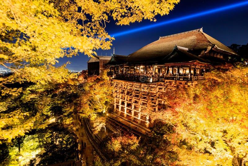 Accenda la manifestazione del laser al tempio di dera di kiyomizu, Kyoto fotografia stock