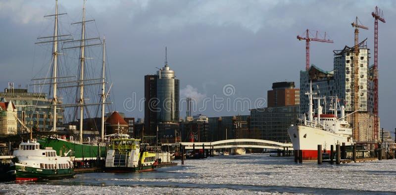 Acceso y ópera de Hamburgo foto de archivo libre de regalías