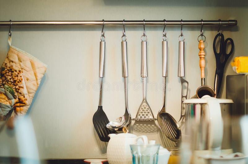 Accesorios de la cocina Diseño de cocina moderna fotografía de archivo