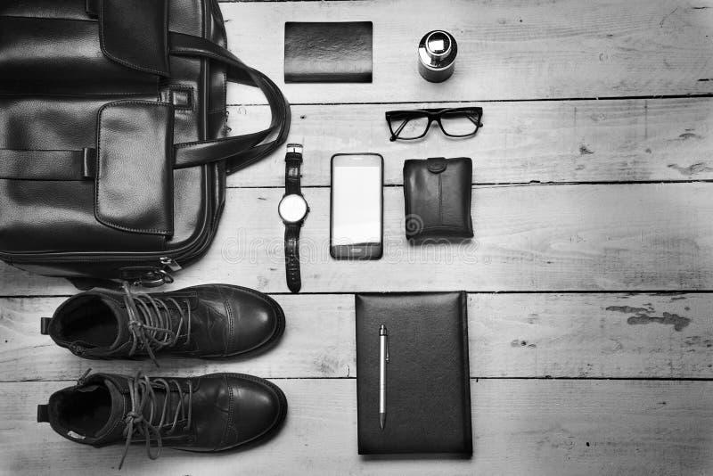 Accesorios de los hombres Pedazos elegantes negros de los accesorios aislados en wh imagen de archivo libre de regalías