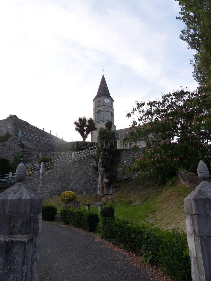 Access à la petite église image stock