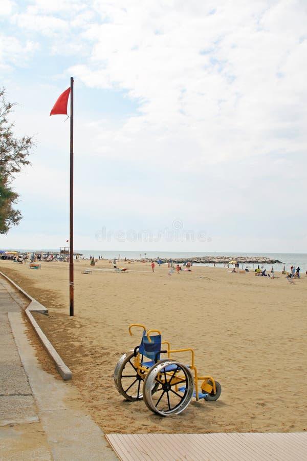 Accessibilité pour des handicapés sur la plage de l'Adriatique S photographie stock