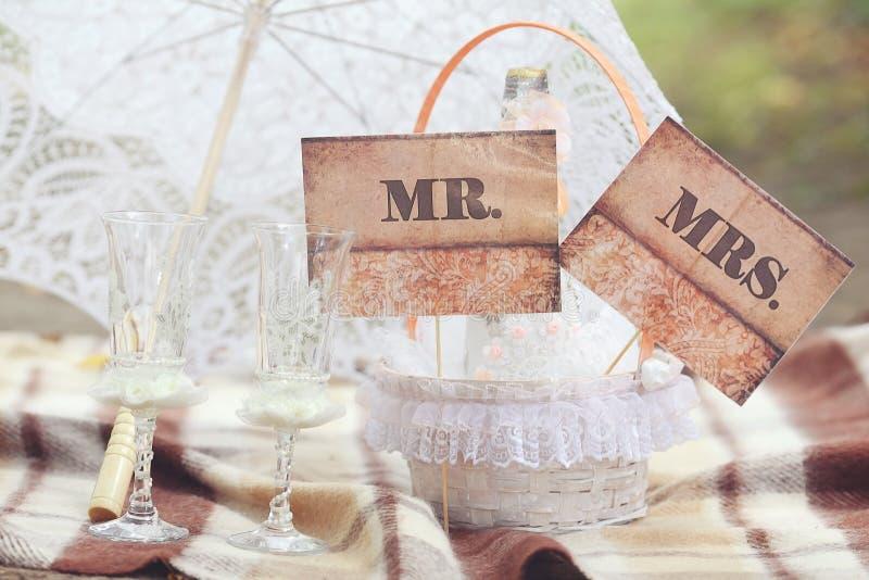 Accessoires pour la cérémonie de mariage images libres de droits