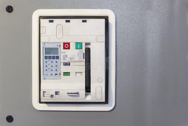 Accessori dell'interruttore dell'aria del materiale elettrico per proteggere e controllare energia elettrica al gabinetto del mdb fotografia stock