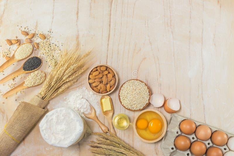 Accessori della cucina ed ingredienti bollenti immagine stock libera da diritti