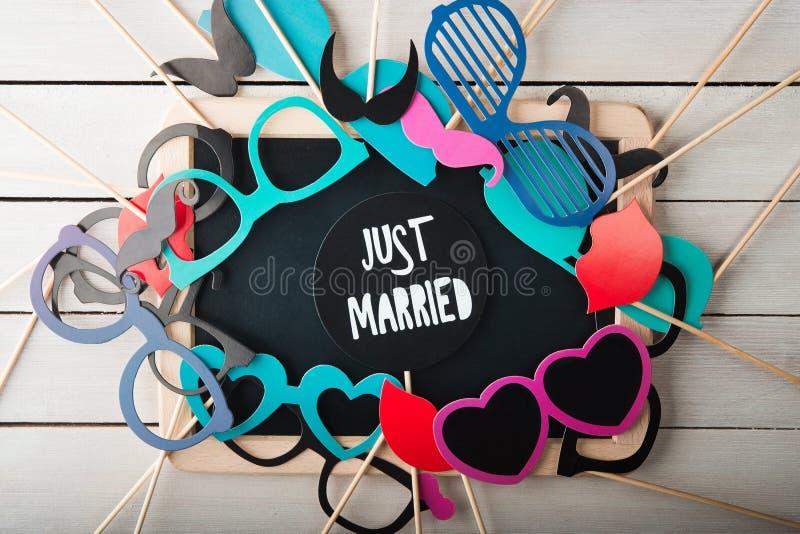 Accessori di nozze messi immagini stock