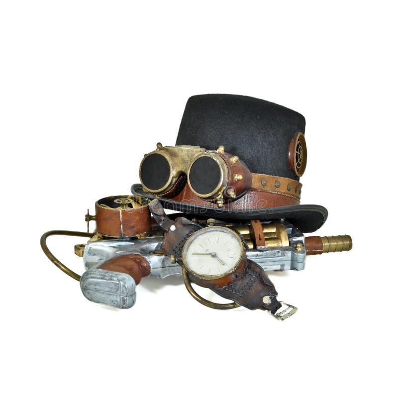 Accessori di Steampunk - cappello, occhiali di protezione, pistola, vigilanza immagini stock libere da diritti