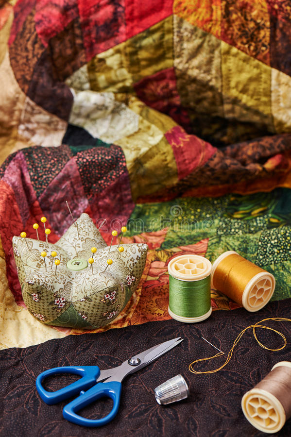 Free Accessories For Patchwork On A Quilt Royalty Free Stock Images - 57634789