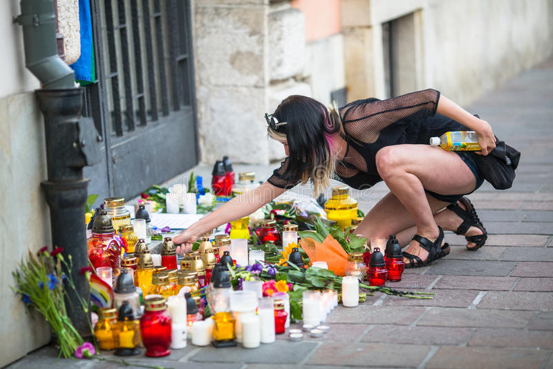 Acción cerca del consulado americano en memoria de las víctimas de la masacre en pulso gay popular del club en Orlando foto de archivo libre de regalías