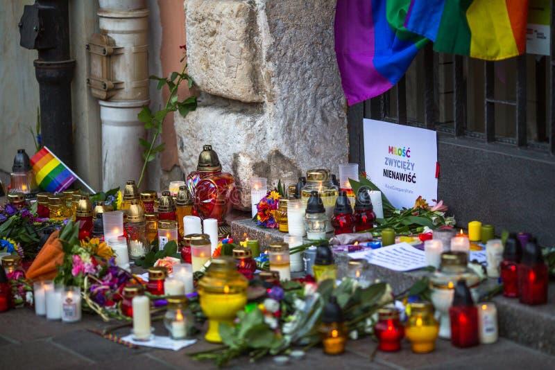 Acción cerca del consulado americano en memoria de las víctimas de la masacre en pulso gay popular del club en Orlando fotos de archivo libres de regalías