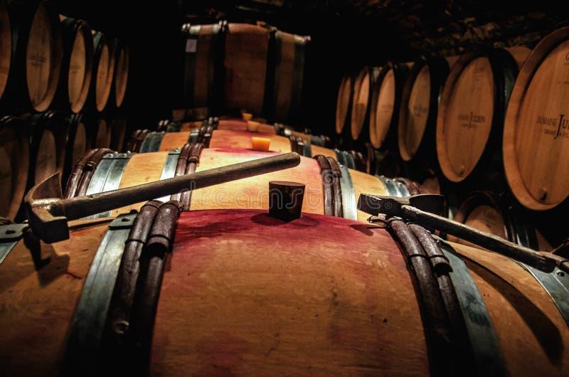 Acción del vino con el detalle de los robles fotografía de archivo