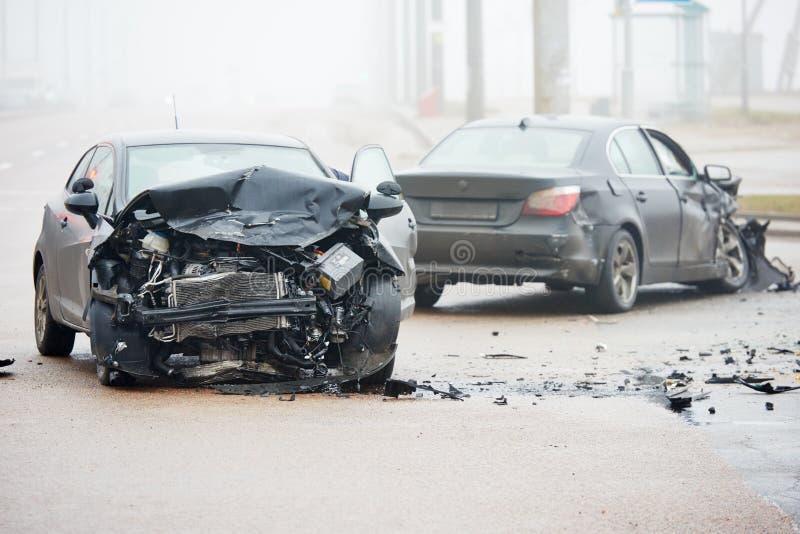 Accident d'accident de voiture sur la rue image stock