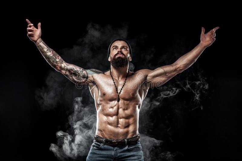 Accidente plano Poder deportivo hermoso del varón del individuo Hombre musculoso de la aptitud Concepto del punto fotos de archivo libres de regalías