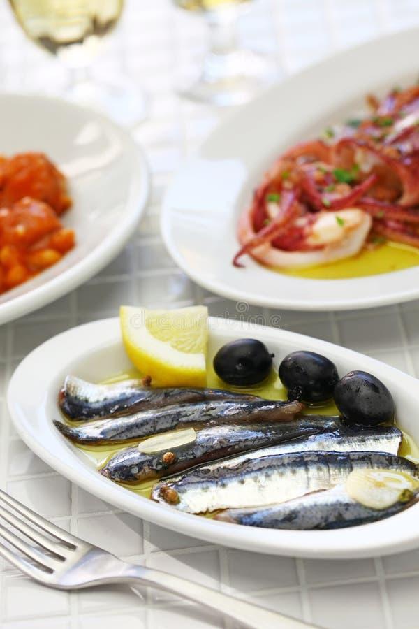 Acciughe marinate, alimento spagnolo dei tapas fotografia stock