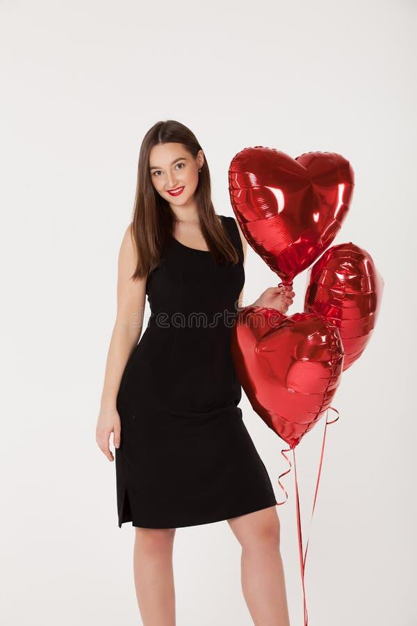 Accoppi con i palloni in Valentine Day immagine stock libera da diritti