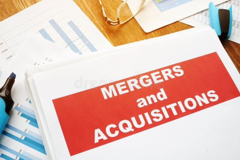 Accord de fusions et d'acquisitions M&A image stock
