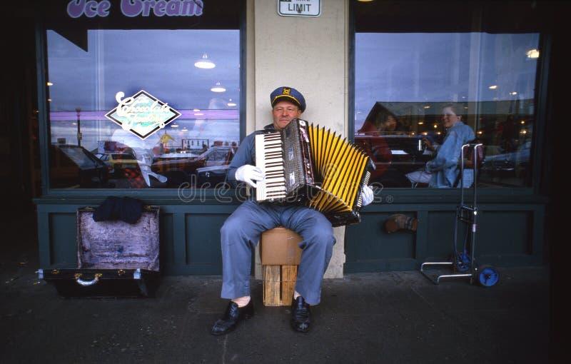 Accordian Straßenmusiker stockfoto