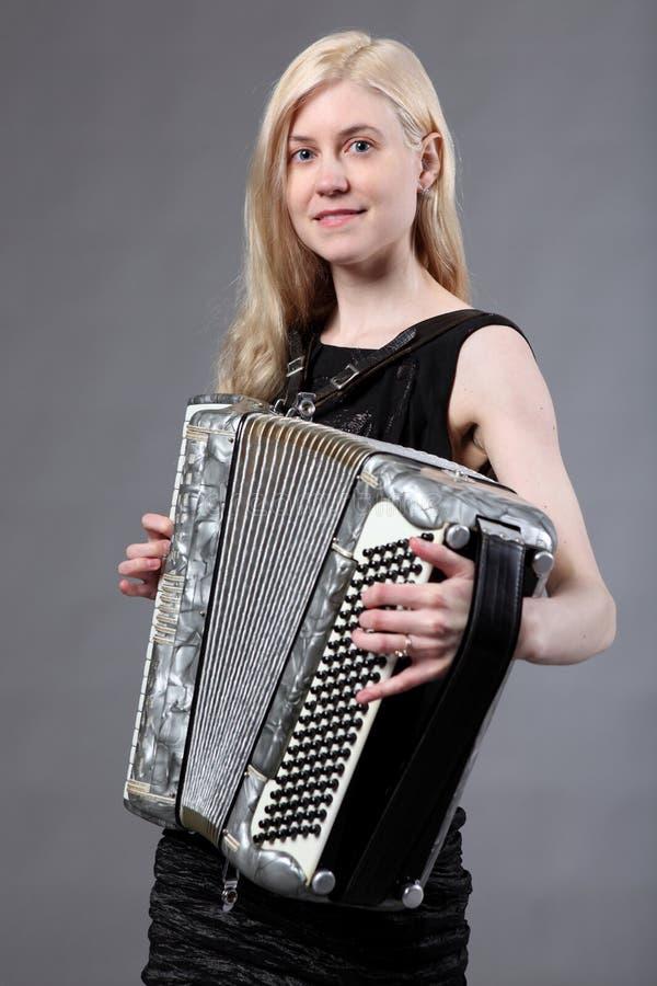 accordionist красивейший стоковая фотография