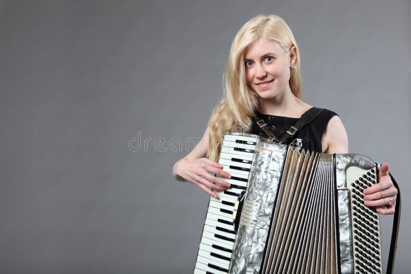 accordionist красивейший стоковое фото
