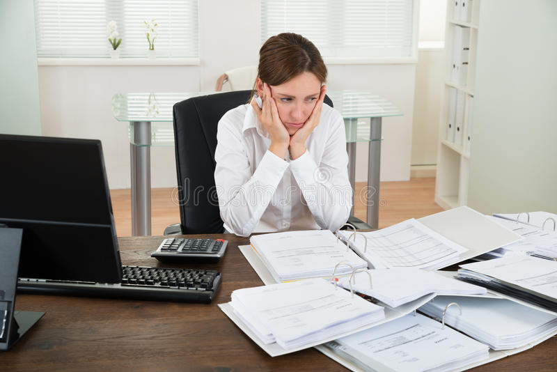 Accountant Working At Desk royalty-vrije stock foto