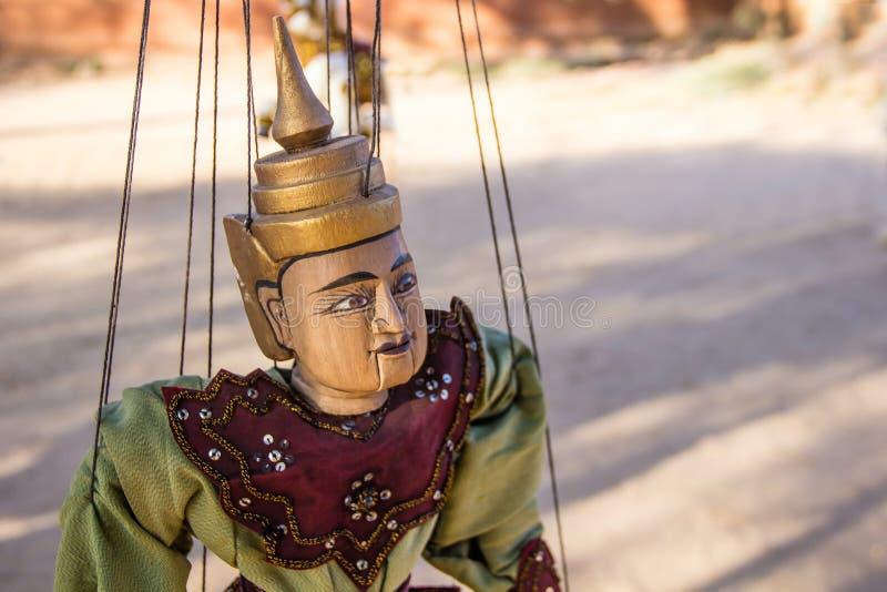 Accrocher de marionnette de tradition de Myanmar photo libre de droits