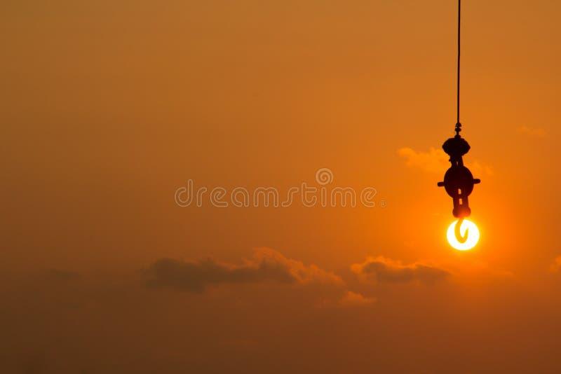 Accrochez le soleil photographie stock libre de droits