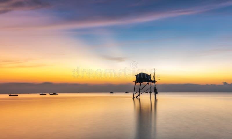 Accueil de belvédère de mer de rayon de soleil image stock